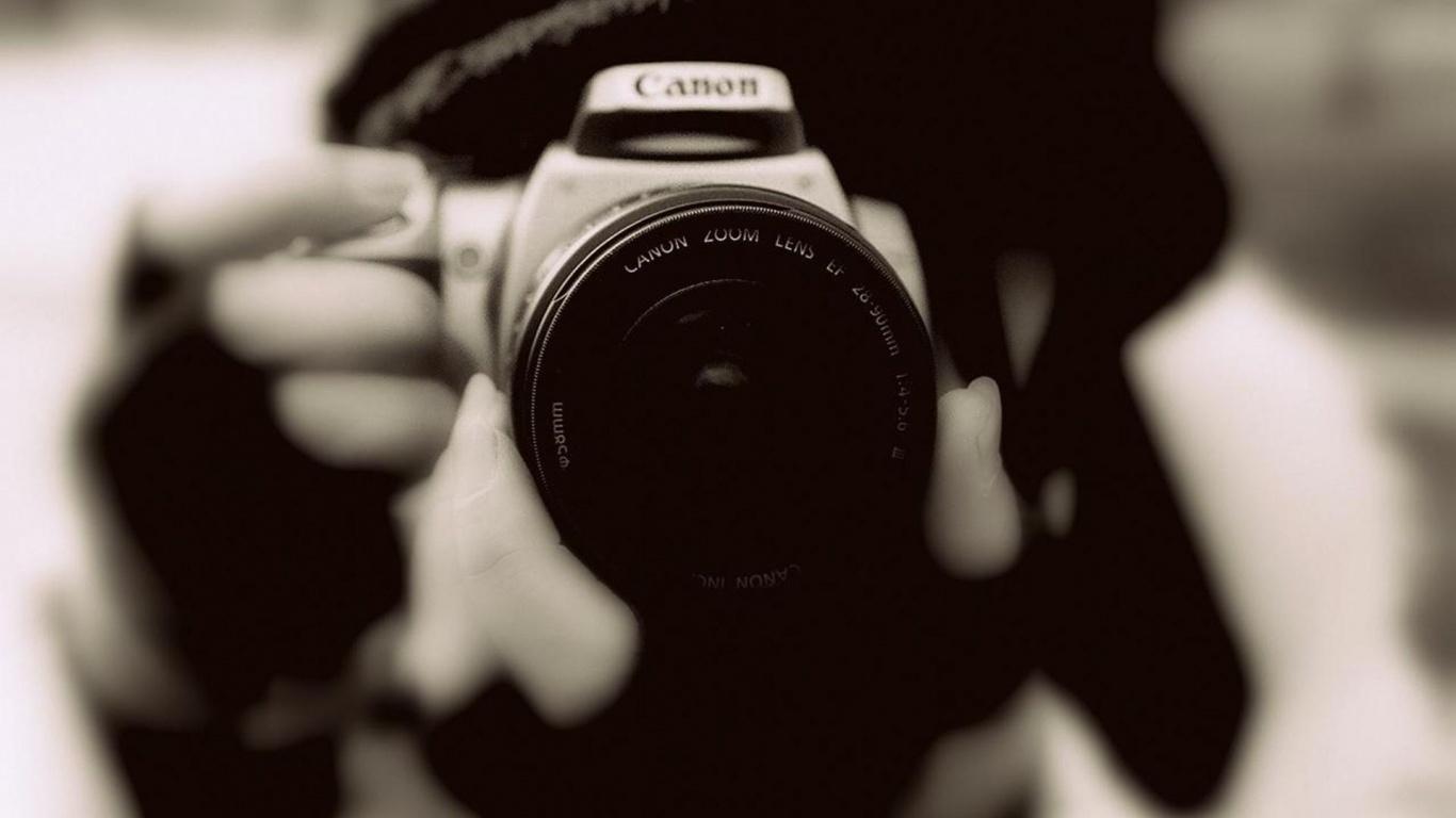 canon-200-m-lens-photography-camera-1366×768