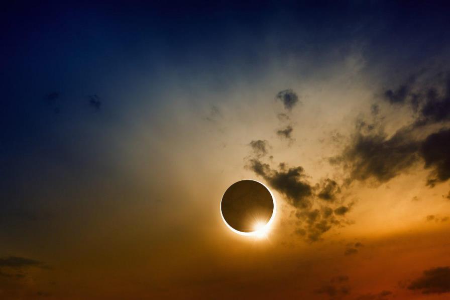 -%d8%af%d8%b3%d8%aa%d9%87%e2%80%8c%d8%a8%d9%86%d8%af%db%8c-%d9%86%d8%b4%d8%af%d9%87 Solar Eclipse - آیا عکاسی از خورشیدگرفتگی به دوربین صدمه می زند ؟