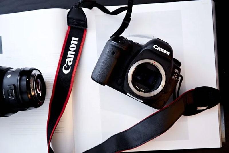 -%da%af%d9%88%d9%86%d8%a7%da%af%d9%88%d9%86 5c7cbef94ede3 - 10 راه نجات برای موفقیت عکاسان حرفه ای سال 2019